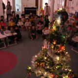 12月の誕生日会~クリスマスツリーの飾りつけ~